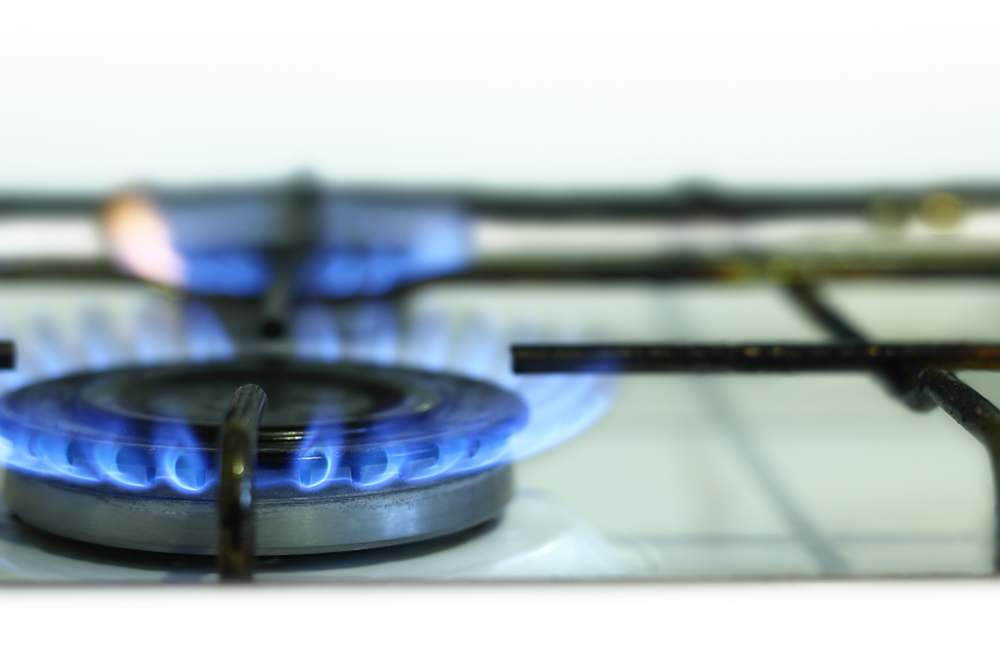 Is it cheaper to cook with gas or electric? - CDA Appliances
